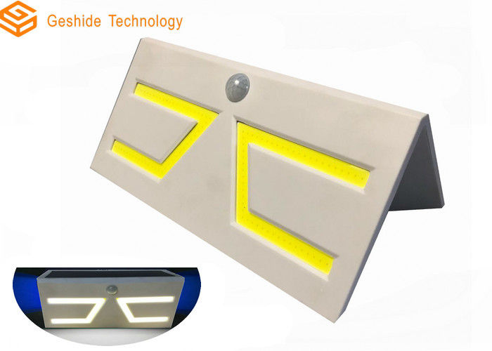 Bright Outdoor LED Lighting 6-8hrs Charging Time With Lithium Rechargeable Battery