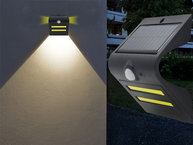 Outdoor Solar Wall Spotlight With Motion Detector , Wireless Solar Security Lights