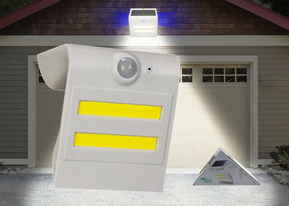 Waterproof Solar LED PIR Light Automated Switch For Pathway Automatically At Night