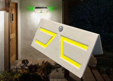 China IP65 3.7V Curve Solar Motion Light With 5W 500 Lumen Out Power , 210x116x80mm factory